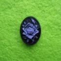 Kamee lilla roos mustal taustal/18x13mm