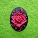 Kamee must/punane roos/25x18mm