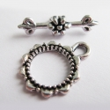 Antique silver colored T-clasp
