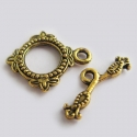 Antique gold colored T-clasp